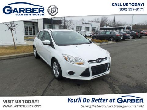 Pre-Owned 2014 Ford Focus SE FWD Hatchback