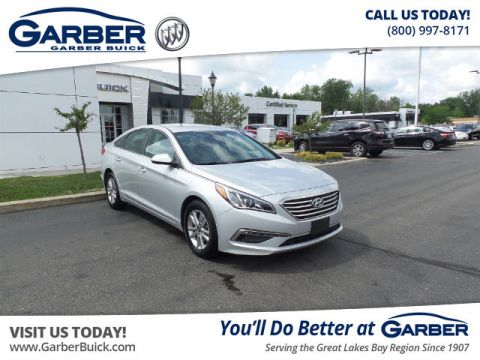 Pre-Owned 2015 Hyundai Sonata SE FWD Sedan